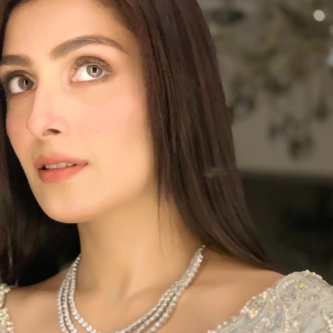 Famous Star Ayeza Khan Recent Lovely Photos