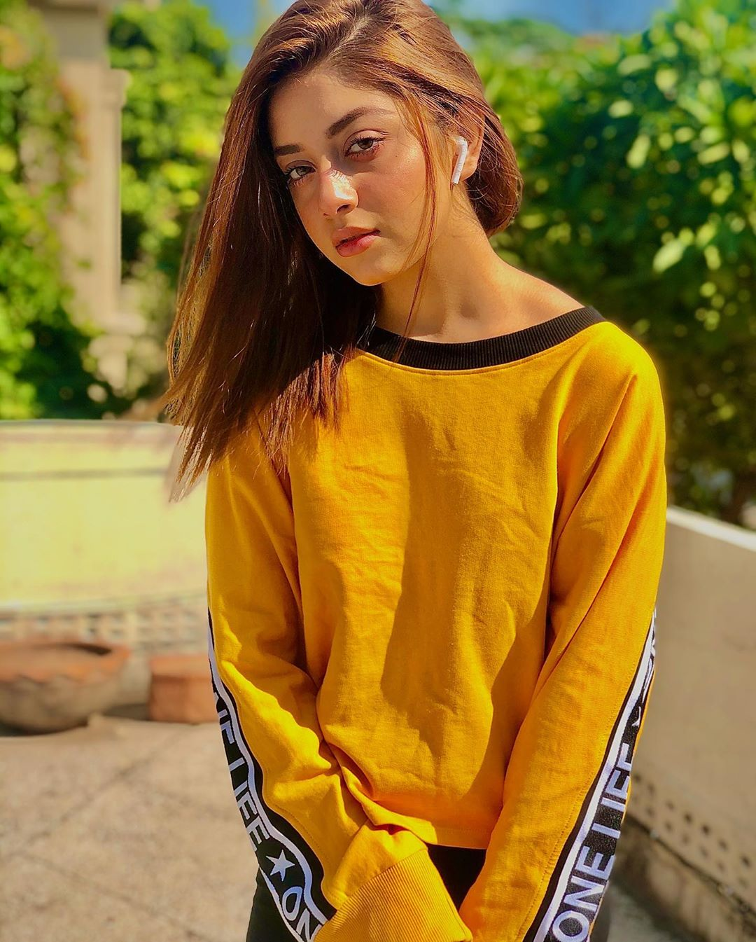 New Pictures of Young Star Alizeh Shah
