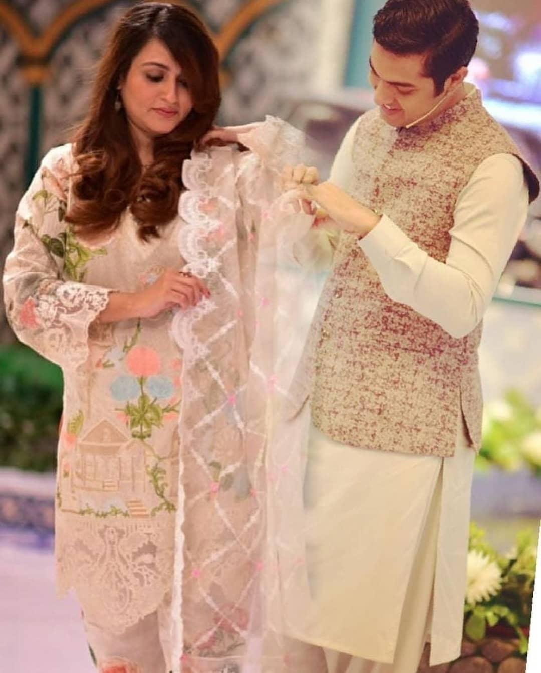 Iqrar-ul-Hasaan Wife Qurat ul Ain Iqrar with her Son Pehlaaj