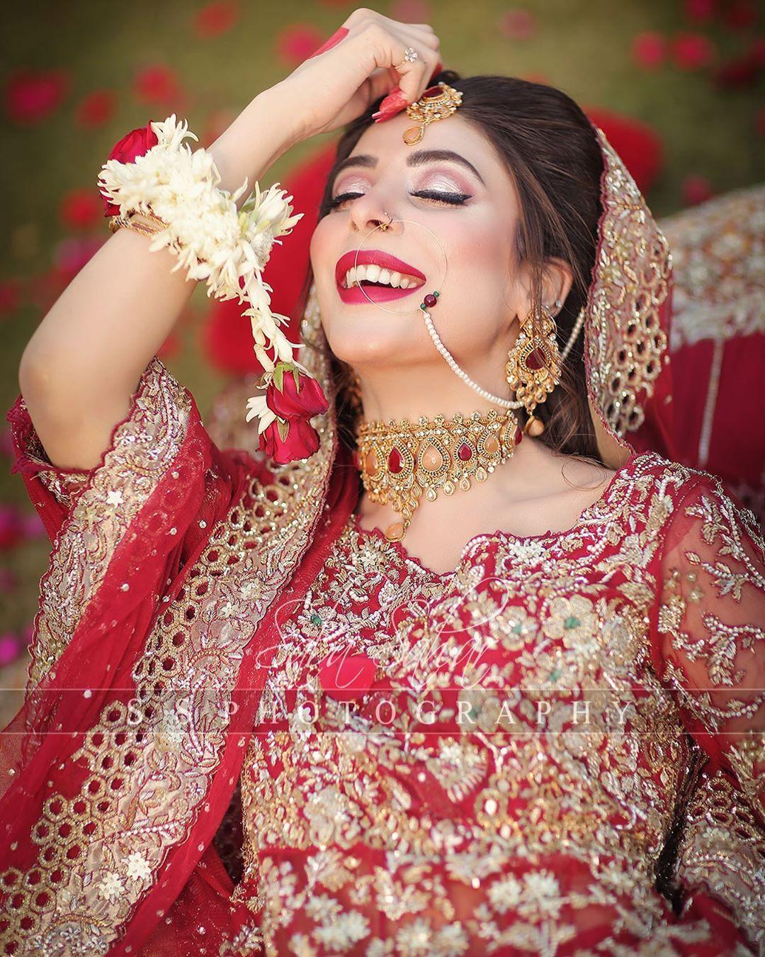 Urwa Hocane Looks Gorgeous in the Latest Bridal Photo Shoot