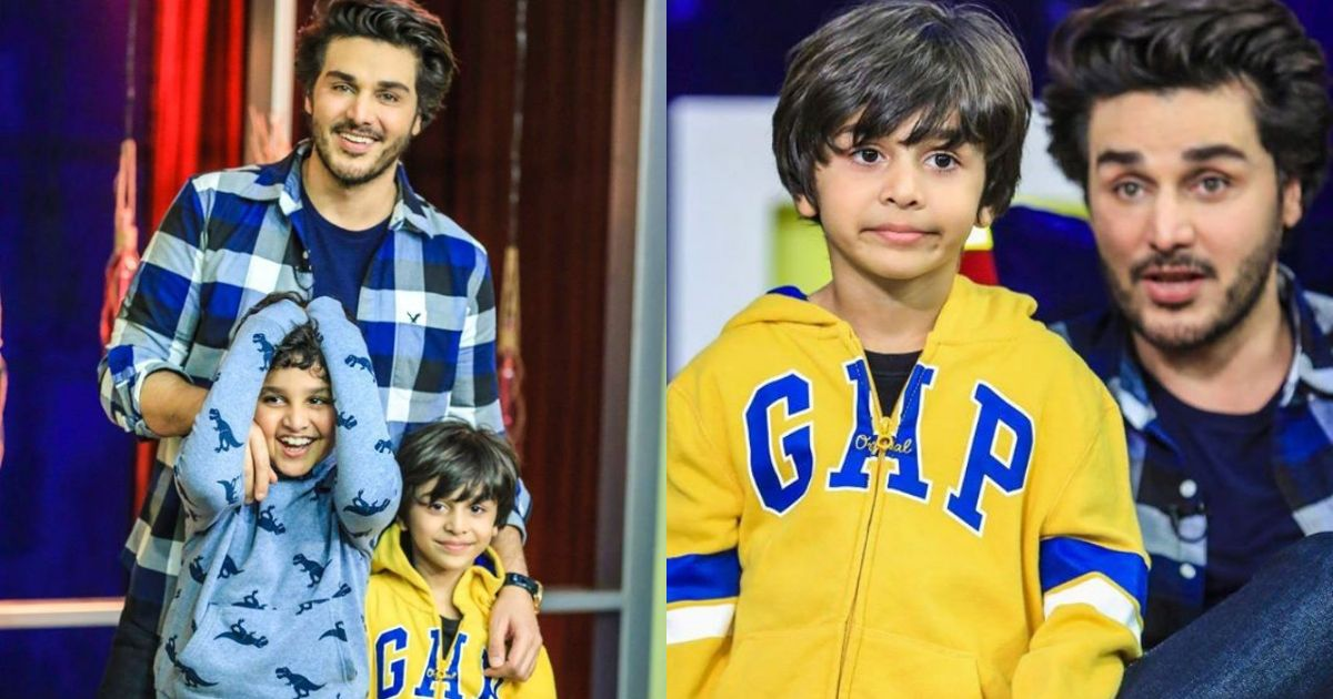 Ahsan Khan with his kids on the sets of Bol Nights