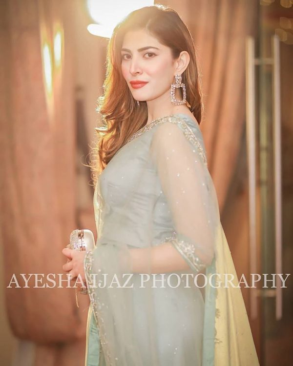 Awesome Naimal Khawar's New Clicks from a Recent Wedding Event