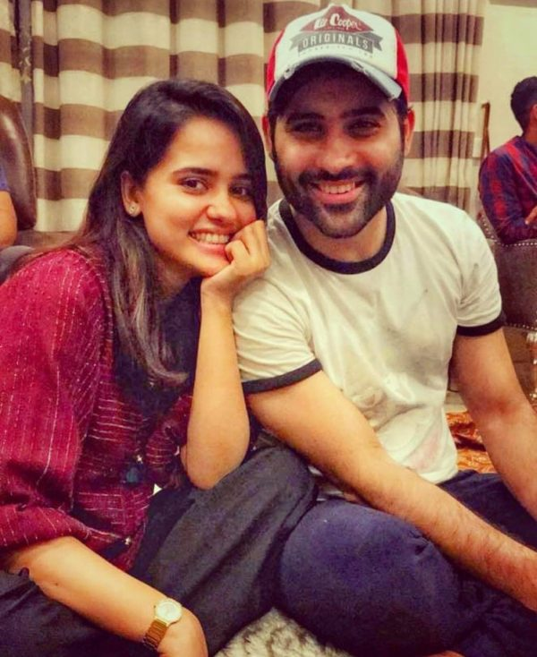 New Clicks of Awesome Sisters of Pakistani Actors