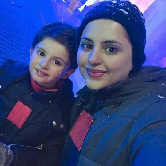 Fatima Effandi Awesome Clicks From Winter Land Karachi