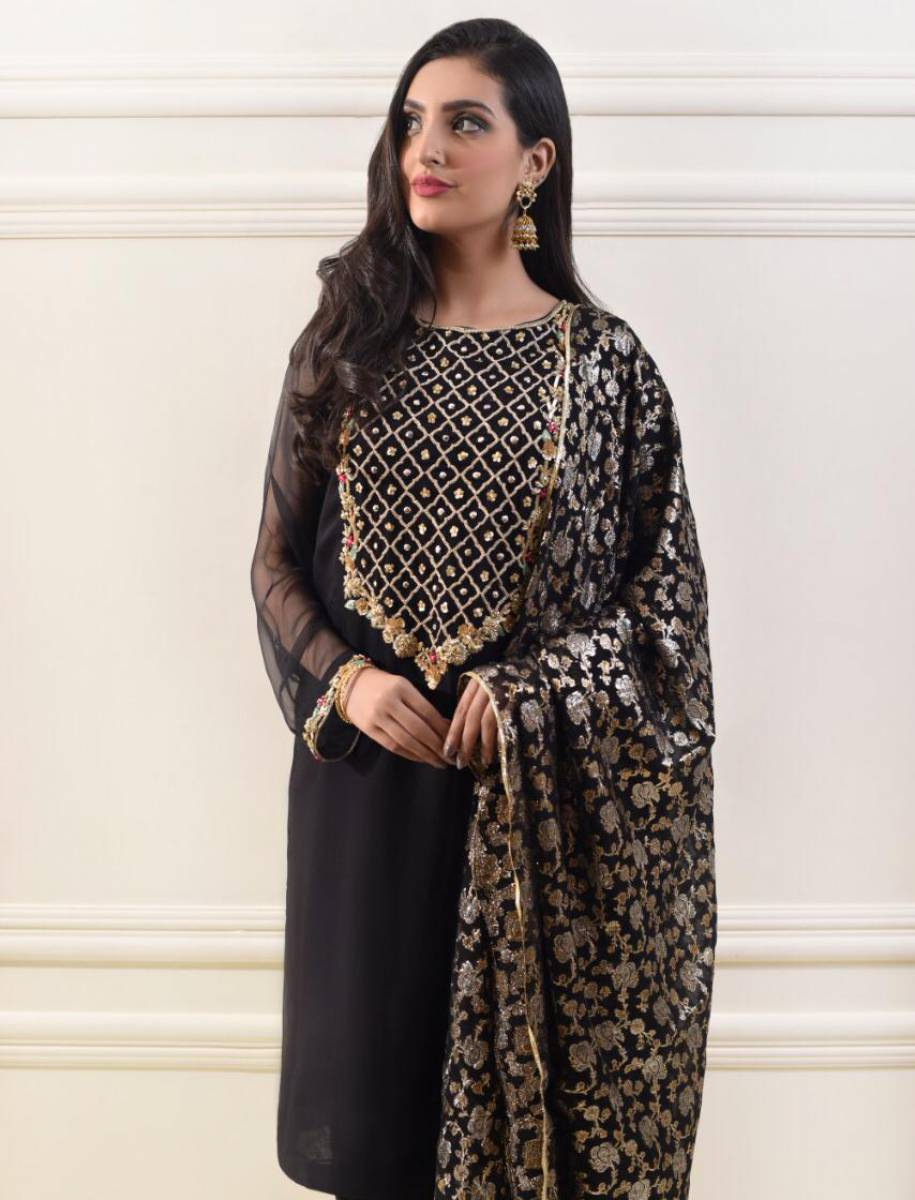 Pakistani Dress by Agha Noor Eid Collection