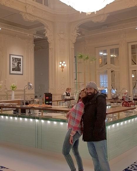 Nida Yasir and Yasir Nawaz Dun Time in Prague and Czech Republic