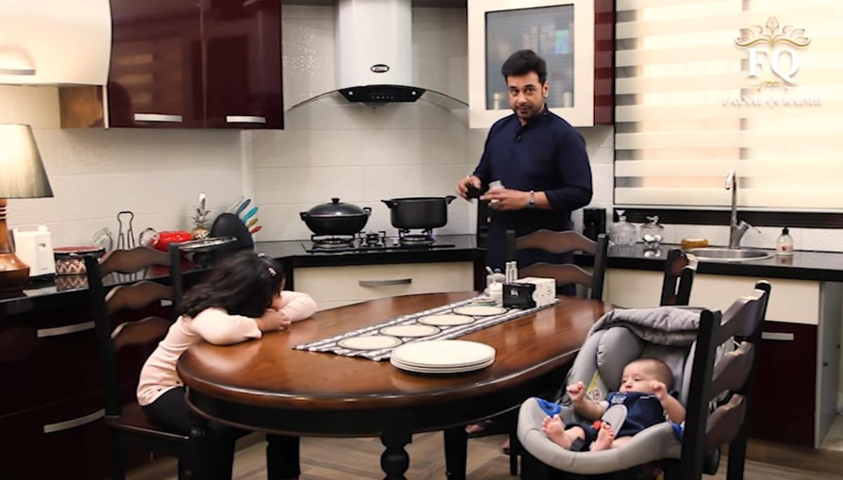 Faysal Qureshi Helping his Wife in preparation for Iftari