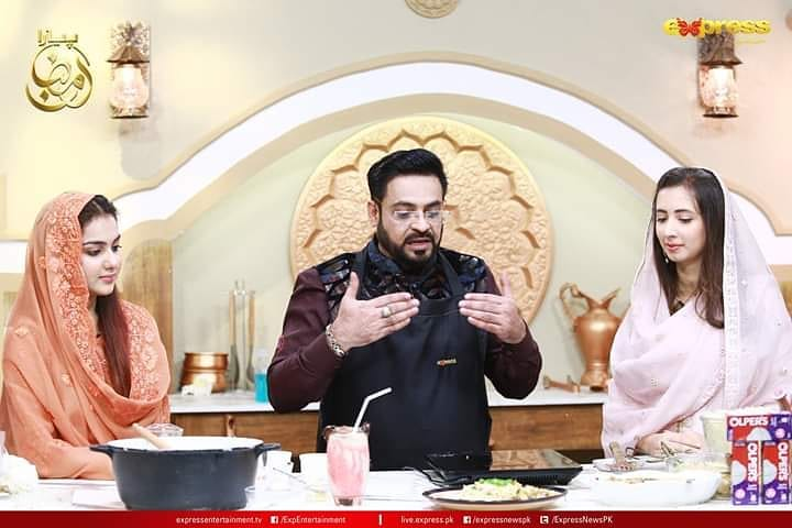 Komal Aziz Awesome Pictues from Ramadan Show