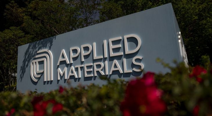 Applied Materials stock wobbles following record results, strong outlook