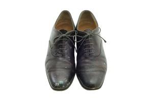 """Salvatore Ferragamo, """"Salvatore"""", 1959, vitello con macchie di pittura. Firenze, Museo Salvatore Ferragamo. Le scarpe appartenevano ad Andy Warhol, che era molto attento alla propria eleganza."""
