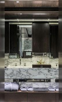 Vip-cabin-1b-bathroom