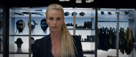 Fast-Furious-8_Charlize-Theron_foto-dal-film-9