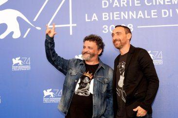 41371-Photocall_-_Ammore_e_malavita_-_Marco__Antonio_Manetti____La_Biennale_di_Venezia_-_foto_ASAC__3_