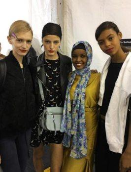 Halima-Aden-e-le-altre-modelle-di-Max-Mara