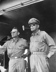 Aviator_General_MacArthur