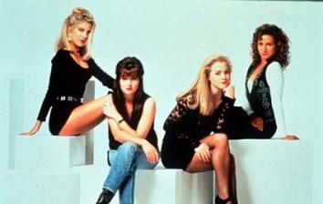 Beverly Hills 90210 (Credits Pinterest)