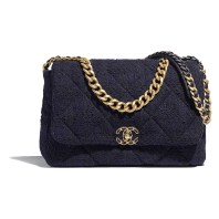 05_AS1162-B01624-MH059--The-CHANEL-19-bag-in-navy-blue-and-black-tweed_LD