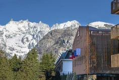 Le Massif_Hotel Faáade_By Day