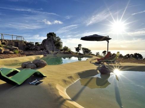 4 Eco-lodge_Corsica_©Homeaway (1)