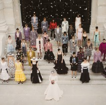 05_FW_2021_22_HC_show_Finale_picture_copyright_CHANEL_5