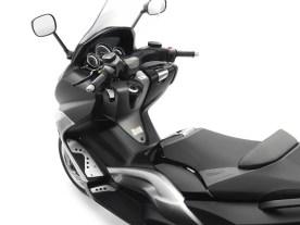 Yamaha T-MAX-TECH-MAX-2010-007