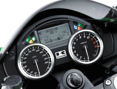 big_Kawasaki_zzr1400_2012_14