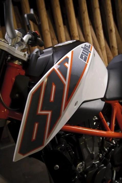 58851_690_Duke_2012_Details_1024