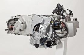 peugeot-all-eicma-2012-cartella-stampa-04-moteur-md16-400i
