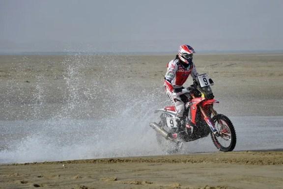 joan-barreda,-piloto-amv---sealine-cross-country-rally (1)
