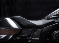 bmw-concept-101-is-a-wood-trimmed-six-cylinder-bagger-of-lust-photo-gallery_13