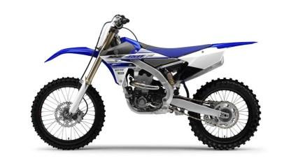 2016-Yamaha-YZ450F-EU-Racing-Blue-Studio-006