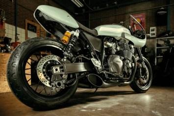 Yamaha XJR Botafogo-N YARD Built 05