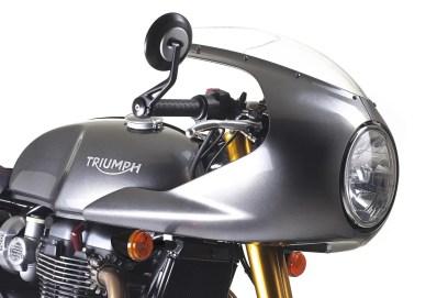 20-triumph-thruxton-r-2016-semicarenado-silver
