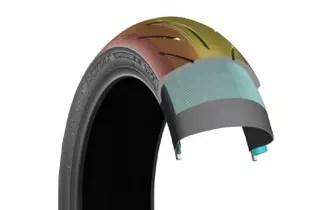 BS_BATTLAX_S21_Tyre_Rear_cut