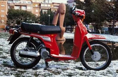 Honda Scoopy generacion 1 (8)