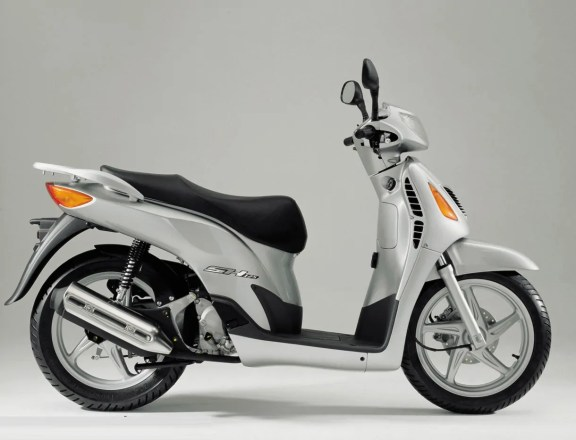 Honda Scoopy generacion 3 (4)
