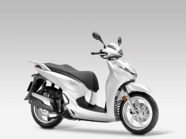 Honda Scoopy generacion 7 (6)