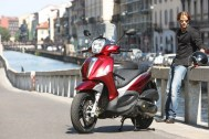 Piaggio Beverly Sport Touring 350ie - Deportiva