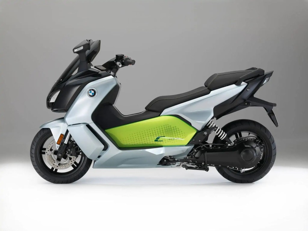 bmw-c-evolution-2017-2