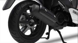 2015-Yamaha-JogR-EU-Competition-White-Detail-001