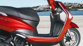 2017-Yamaha-D'elight-125-EU-Lava-Red-Detail-005