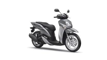 2017-Yamaha-Xenter-125-EU-Silky-Grey-Studio-001