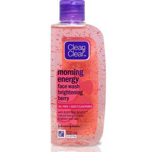 Clean And Clear Face Wash Morning Energy With Natural Berry Extracts 50 Ml Bottle