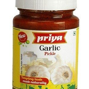 Priya Pickle – Garlic, 300 gm Bottle