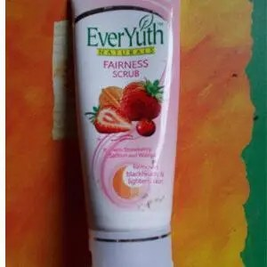 Everyuth Naturals Fairness Scrub 50 Grams