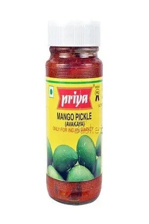 Priya Pickle – Mango Avakaya (With Garlic), 500 gm Bottle