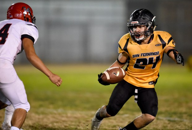 San Fernando Football Flexes Its Muscles In Shutout