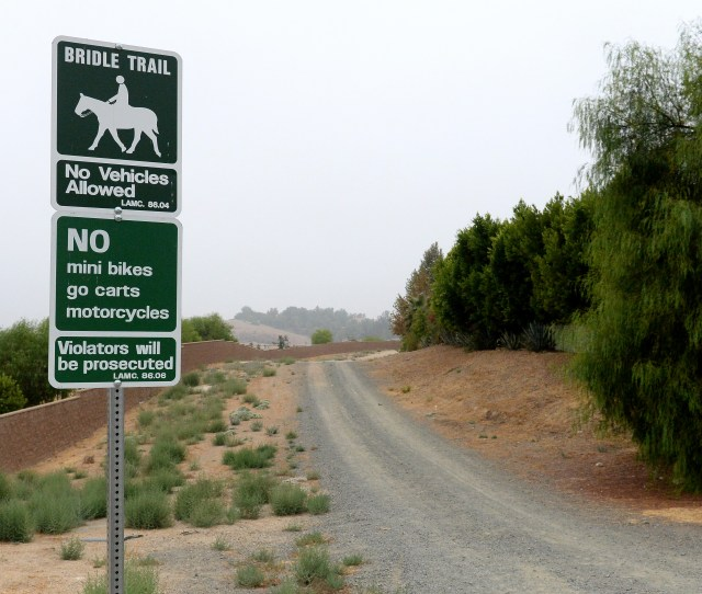 The Old Mission Trail As It Goes West From Corbin Ave In Porter Ranch On Tuesday Sept 25 2018 Photo By Dean Musgrove Los Angeles Daily News Scng