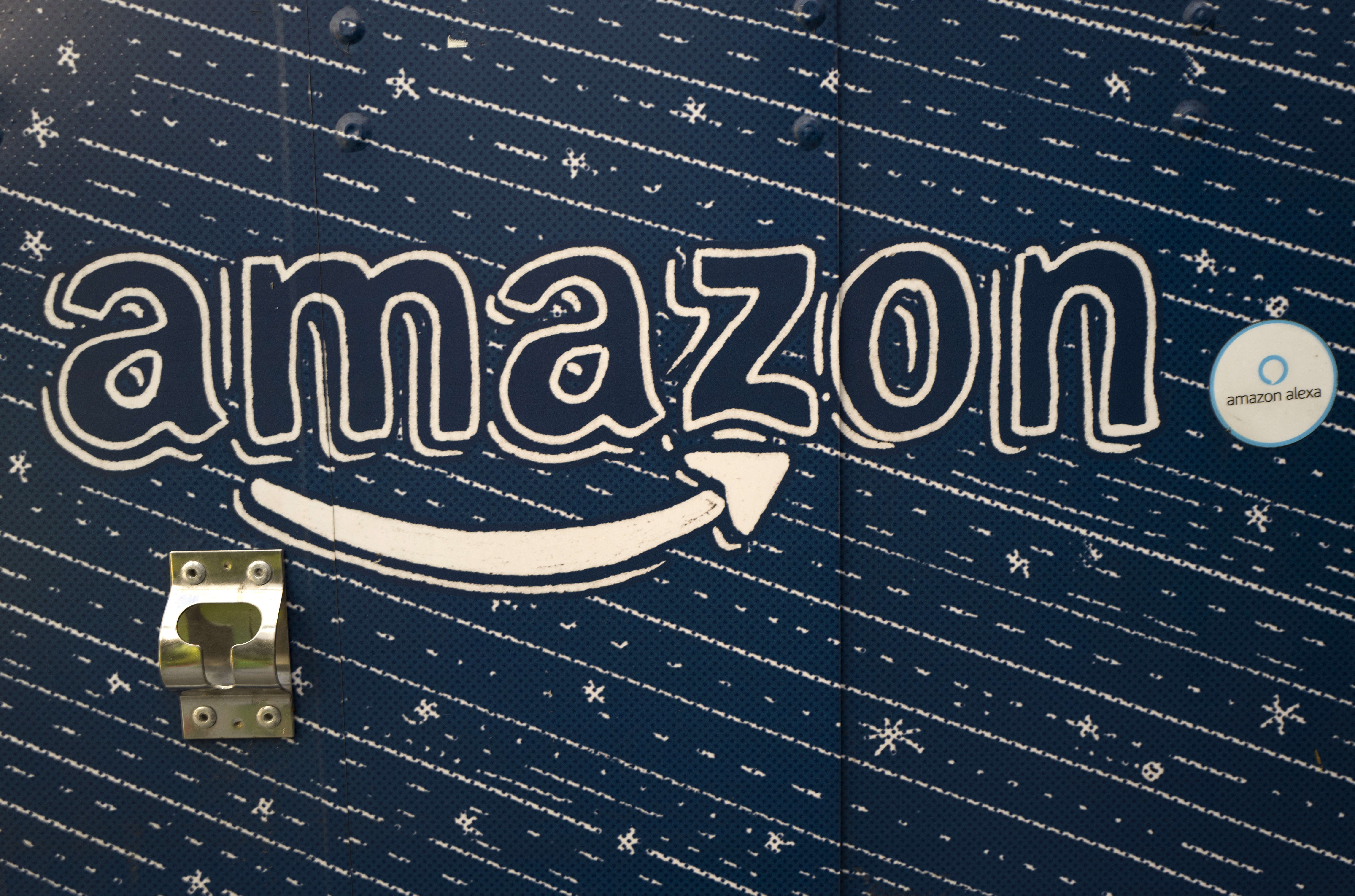 amazon dental chair covers hampton bay patio chairs los angeles loses bid to house s hq2 but some say that a file in this oct 23 2018 photo an logo is seen on the side of treasure truck tuesday nov
