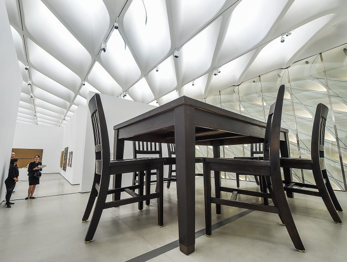 What it's like inside The Broad museum in Los Angeles – Daily News